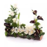 Aranjament elegant cu flori de lux